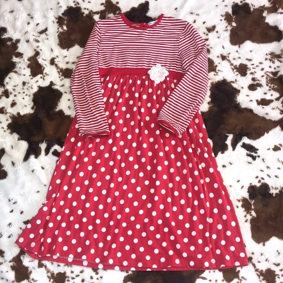 Tara Collection Other - Adorable red and white dress | size 8 🌻